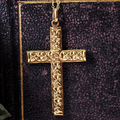 18金 花の彫りのリバーシブルクロス