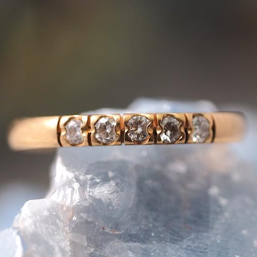 18金 フィンランド ダイヤモンド 一文字リング