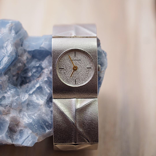 ラポーニア シルバー腕時計